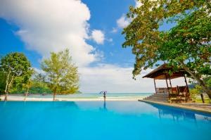Bunga Raya Island Resort